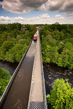 Pontcysyllte Aqueduct, built by Thomas Telford, carrying Llangollen Canal over River Dee, Wrexham, Denbighshire, Wales, UK, May, YEAR.