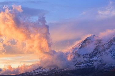 Winter sunset on Mount Velino in the Sirente-Velino Regional Park. Abruzzo, Central Apennines, Italy.