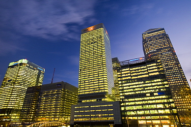 Banking and financial sector buildings at Canary Wharf, London, England, UK, December 2008.
