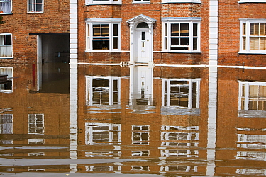 Houses in Tewkesbury flooded, during severe flooding of July 2007.  Gloucestershire, England, UK, 24th July 2007.