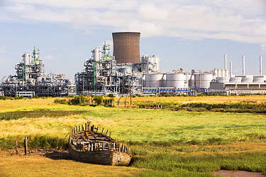 BP chemical plant at salt End on Humberside which produces Acetic Acid and a gas fired power station, Yorkshire, England, UK, August.