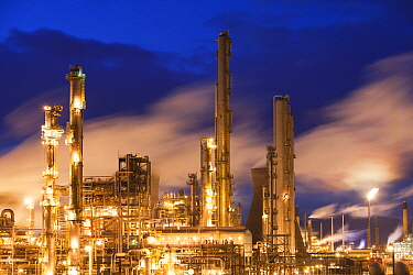 The Ineos oil refinery at Grangemouth in the Firth of Forth, Scotland, UK. October 2010.