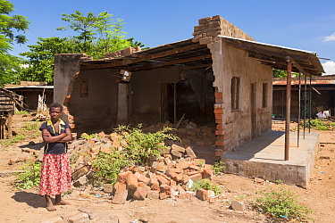 Houses damaged by the floods in Makhanga.  Malawi, March 2015.