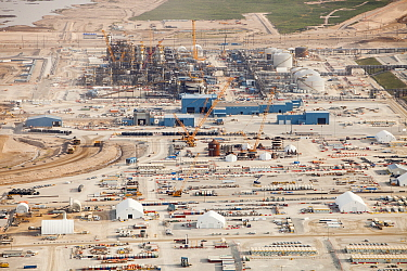 Construction of new tar sands plant, north of Fort McMurray, Alberta, Canada August 2012