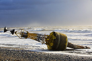 Storm Gertrude, with winds of up to 132 mph resulted in this Trinity House 'Cardinal Mark' ripped off its steel anchor chain and washed up on Walney Island. England, UK. January 2016