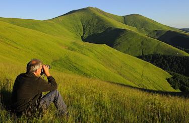 Wouter Helmer, ARK foundation, Alpine grasslands in the Tarku mountains Natura 2000 site, Southern Carpathians, Rewilding Europe site, Romania, June 2011