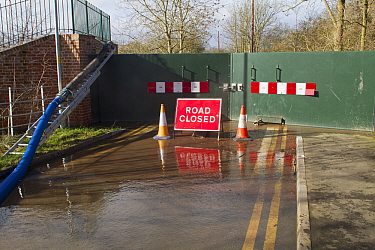 Flood barrier at the bottom of New Street, Upton upon Severn, during February 2014 flooding, Worcestershire, England, UK. 8th February 2014.