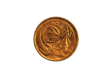 Frilled-neck lizard (Chlamydosaurus kingii) on Australian 2 cent coin, no longer in circulation. ??Designed and sculpted by Stuart Devlin. 2019.