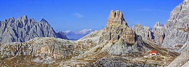 Mountain refuge Dreizinnenhutte / Rifugio Antonio Locatelli in front of the mountain Torre di Toblin / Toblinger Knoten in the Dolomites, Tyrol, Italy, October 2019