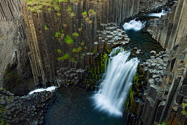 Litlanesfoss waterfall, Hengifoss river, Basalt lava solidified in hexagonal columns, Iceland, August 2008 - EMBARGOED UNTIL AUGUST 2012