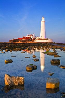 St. Mary's Lighthouse, Whitley Bay, Tyne and Wear, England, UK, February 2008.