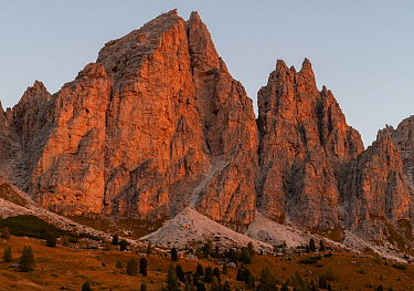 Mountain peaks at Passo Gardena at first light. Dolomites, Italy, October 2019.