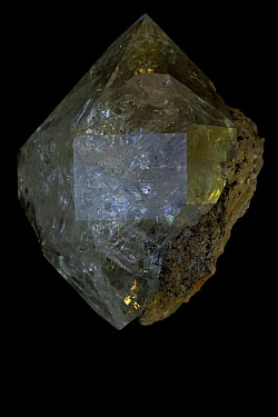 Herkimer Diamond, a double terminated quartz crystal (SiO2 / silicon dioxide) Many industrial uses including glass