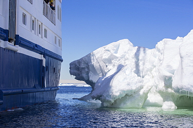 Icebergs close to expedition cruise ship in Weddell Sea. Off Eden Rocks, Dundee Island, Antarctica. December 2019.