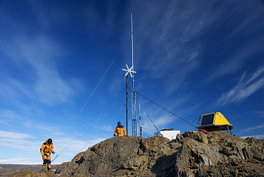 Maintenance of a meteorological station, Vestfold Hills, Antarctica February 2007