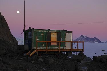 Rumdoodle Field Hut, Framnes Mountains, Antarctica April 2005
