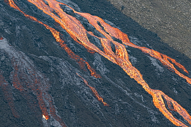 Lava flow below crater at edge of lava field, Fagradalsfjall Volcano, Iceland, Europe, 7 June 2021.