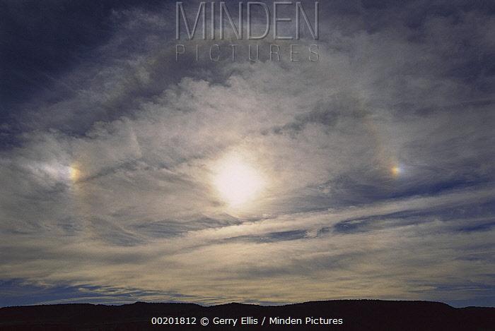 Sundog around sun, North America  -  Gerry Ellis