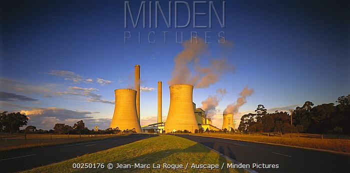 Loy Yang power station, coal burning facility, Latrobe Valley, Victoria, Australia  -  Jean-Marc La Roque/ Auscape