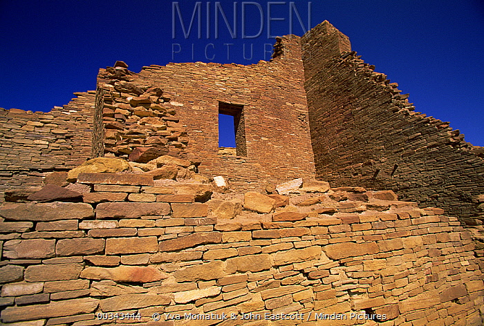 Stonework of ruins of monumental public buildings called Pueblo Bonito, ancestral Puebloan culture, AD 850-1250, Chaco Canyon, Chaco Culture National Historical Park, New Mexico  -  Yva Momatiuk & John Eastcott