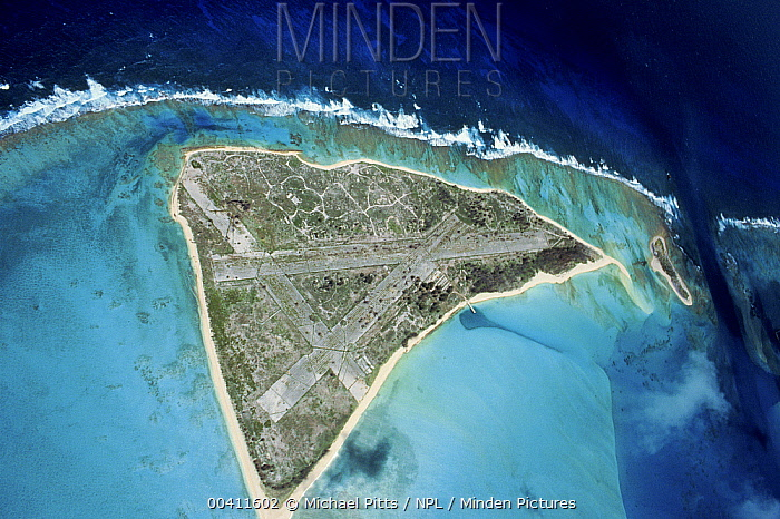 Eastern Island, Midway Islands, Pacific Ocean Showing runways used in World War II  -  Michael Pitts/ npl