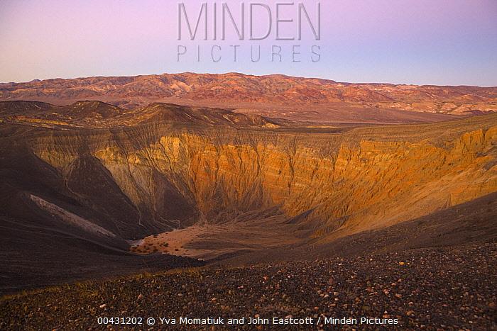Volcanic Ubehebe Crater, Death Valley National Park, California  -  Yva Momatiuk & John Eastcott