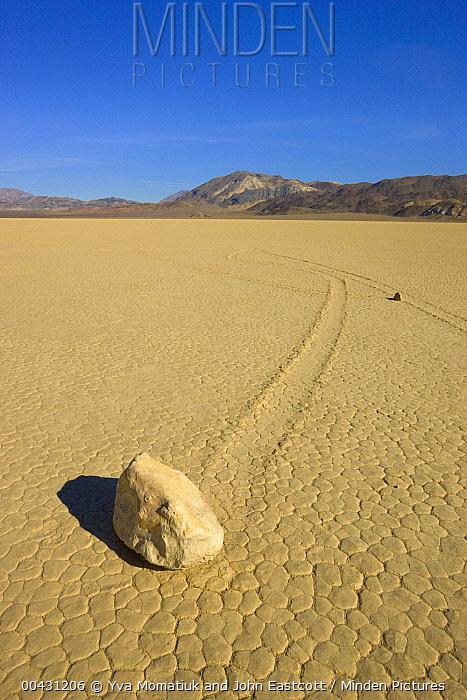 Racetrack Playa with mysterious 'sailing stones', Death Valley National Park, California  -  Yva Momatiuk & John Eastcott