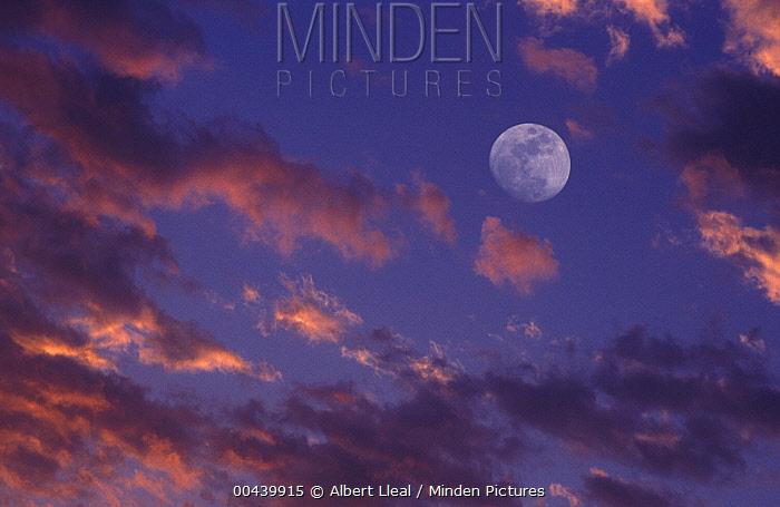 Clouds and full moon, Spain  -  Albert Lleal