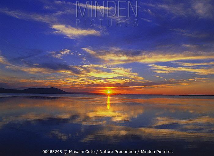 Lake Saroma at sunset, Hokkaido, Japan  -  Masami Goto/ Nature Production