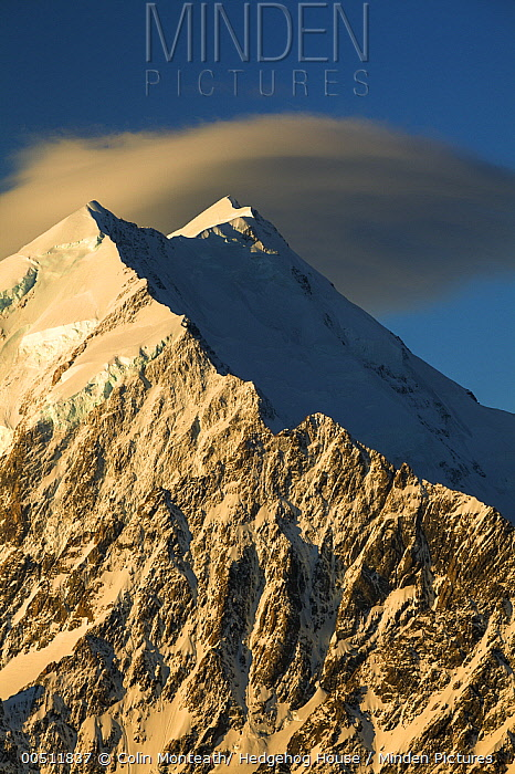 Coulds over Mount Cook at sunset, seen from Mount Kinsey, Mount Cook National Park, Canterbury, New Zealand  -  Colin Monteath/ Hedgehog House