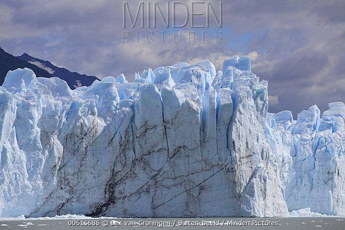 Terminus of the Perito Moreno Glacier, Parque Nacional Los Glaciares, Argentina  -  Lex van Groningen/ Buiten-beeld