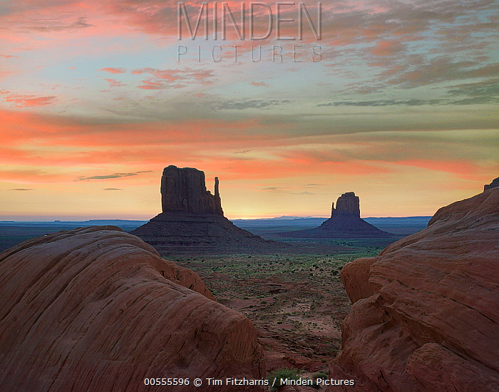 The Mittens at sunset, Monument Valley, Arizona
