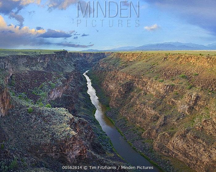 River in gorge, Rio Grande Gorge, Rio Grande del Norte National Monument, New Mexico