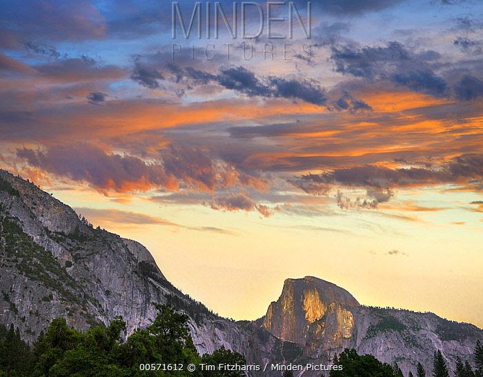 Sunrise over Half Dome, Yosemite Valley, Yosemite National Park, California