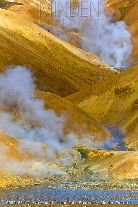 Rhyolite mountains and geothermal vents, Kerlingarfjoll, Iceland