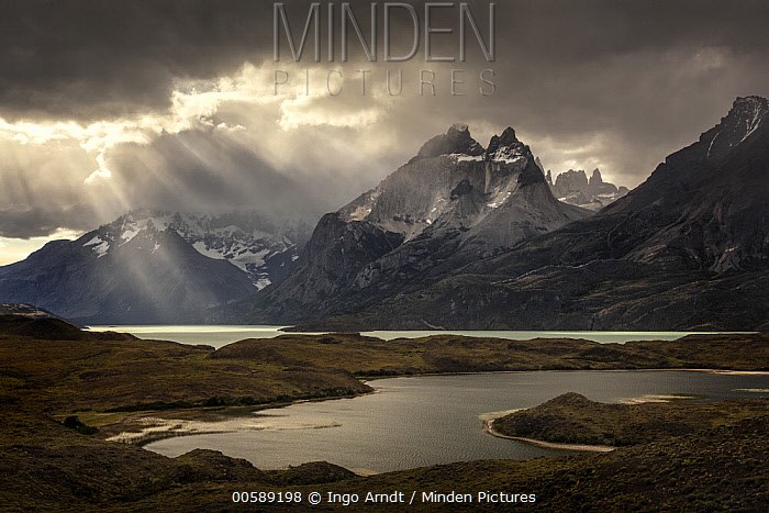 Mountains and lake, Nordenskjold Lake, Paine Massif, Torres del Paine, Torres del Paine National Park, Patagonia, Chile