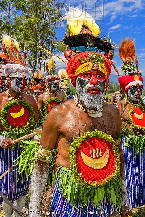 Hagen Kina Amb Korr tribe men, Mount Hagen Show, Western Highlands, Papua New Guinea