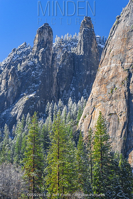 Rock formations, Lower Cathedral Rock, Middle Cathedral Rock, Higher Cathedral Rock, Yosemite National Park, California