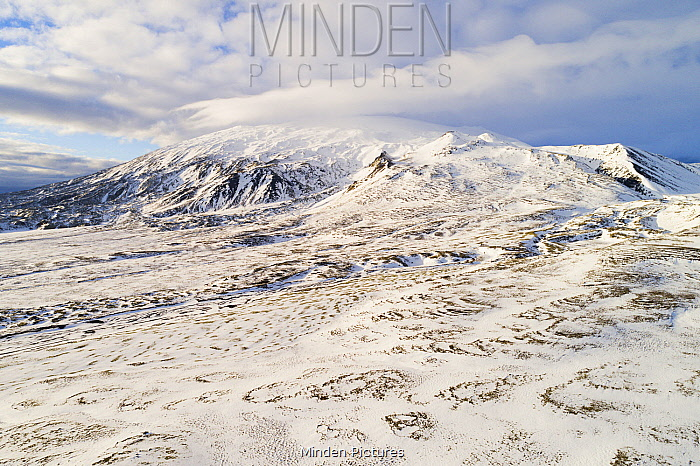 Mountains and glacier, Snaefellsjokull, Snaefellsnes, Iceland