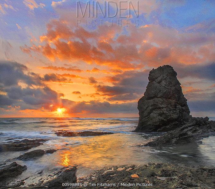 Sunset over ocean, Playa Santa Teresa, Costa Rica