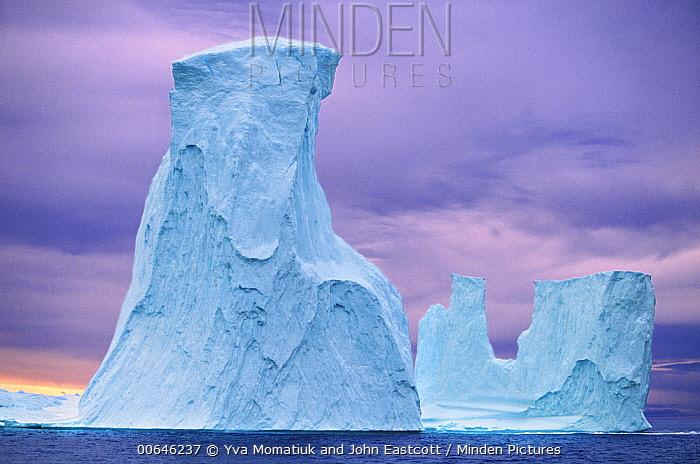 Icebergs, Torngat Mountains, Labrador Sea, Newfoundland, Canada
