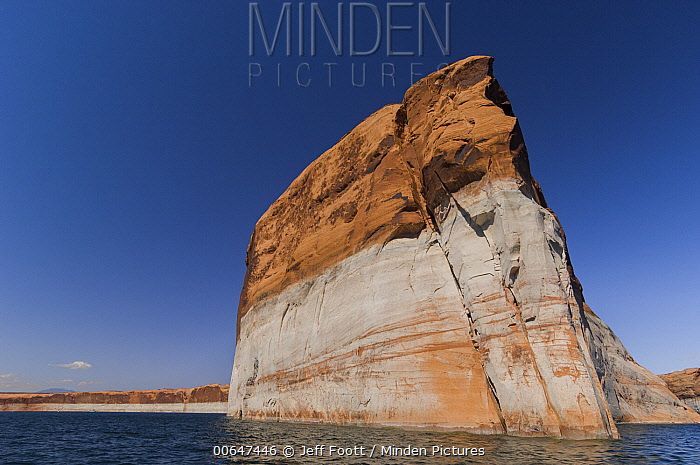 Low water due to drought, Lake Powell, Glen Canyon National Recreation Area, Utah