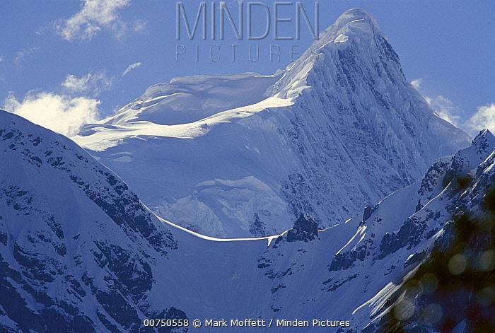Kawagebo Peak or God Peak, Meili Mountains, sacred to Tibetans, northwest Yunnan Province, China  -  Mark Moffett