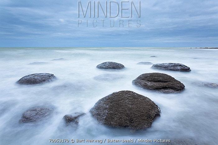 Boulders on beach, Belgium  -  Bart Heirweg/ Buiten-beeld