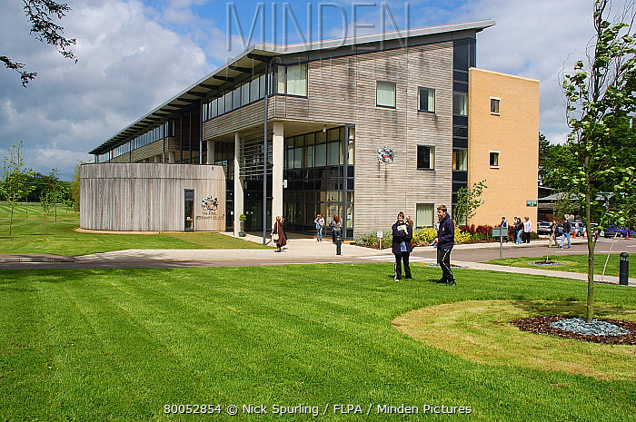 Students outside college building, Royal Veterinary College, Potters Bar, Hertfordshire, England  -  Nick Spurling/ FLPA