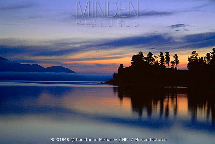Chivyrkuyisky Bay, Zabaikalsky NP, Lake Baikal, Russia  -  Konstantin Mikhailov/ npl