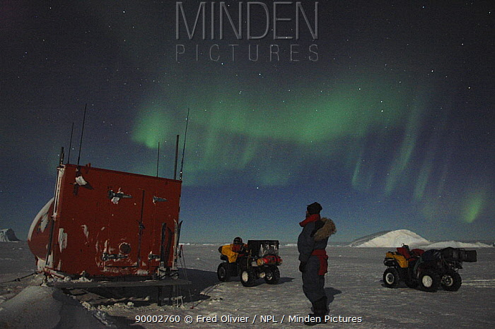 BBC Planet Earth Filmcrew watching the Southern lights, Aurora australis, in the night sky, Antarctica NOT FOR REPRODUCTION GREATER THAN A4 SIZE  -  Fred Olivier/ npl