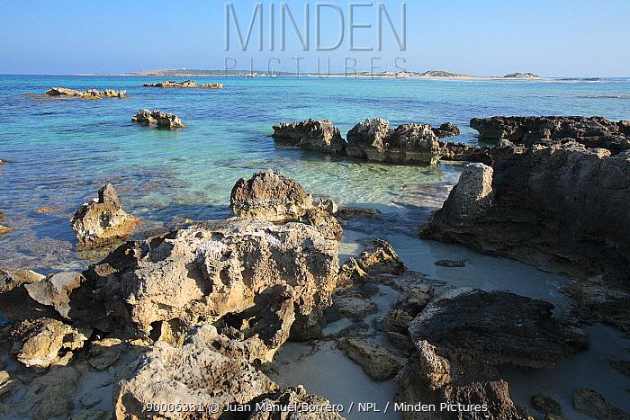 Beach in the Marine Reserve Freus d?Eivissa i Formentera Formentera, Balearic Islands  -  Juan Manuel Borrero/ npl