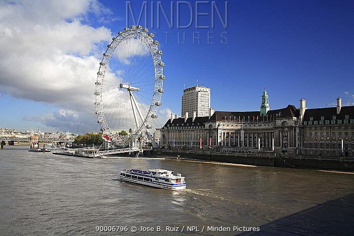 River Thames with the London Eye wheel, London, UK  -  Jose B. Ruiz/ npl