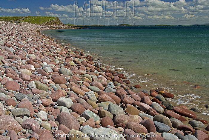 Pebble beach at Mulranny, County Mayo, Ireland  -  Adrian Davies/ npl